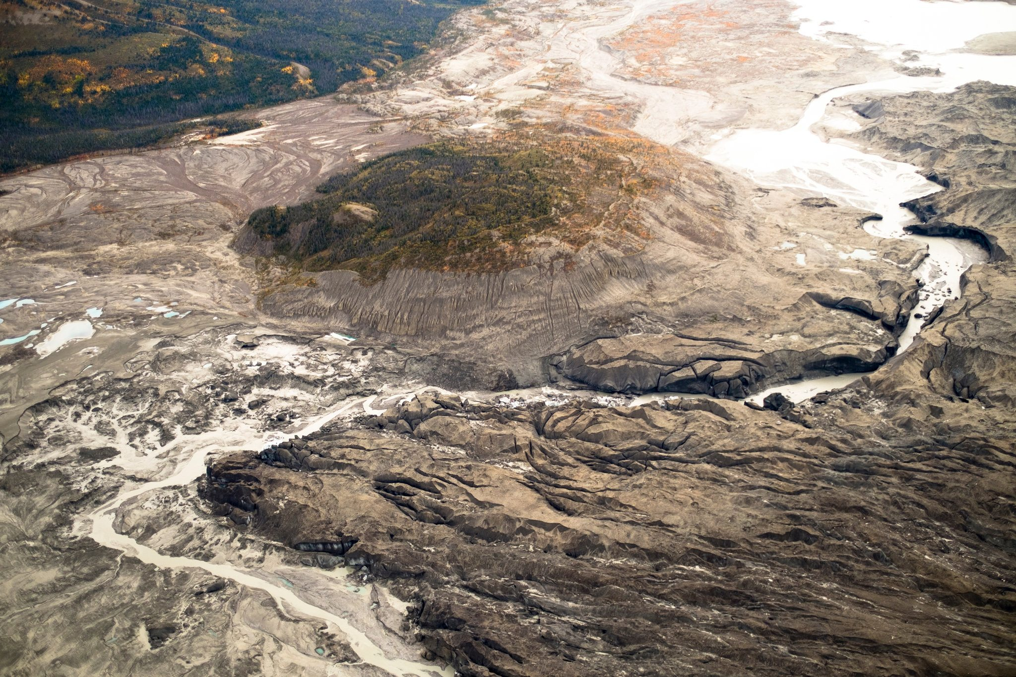 Climate Change Reroutes a Yukon River in a Geological Instant