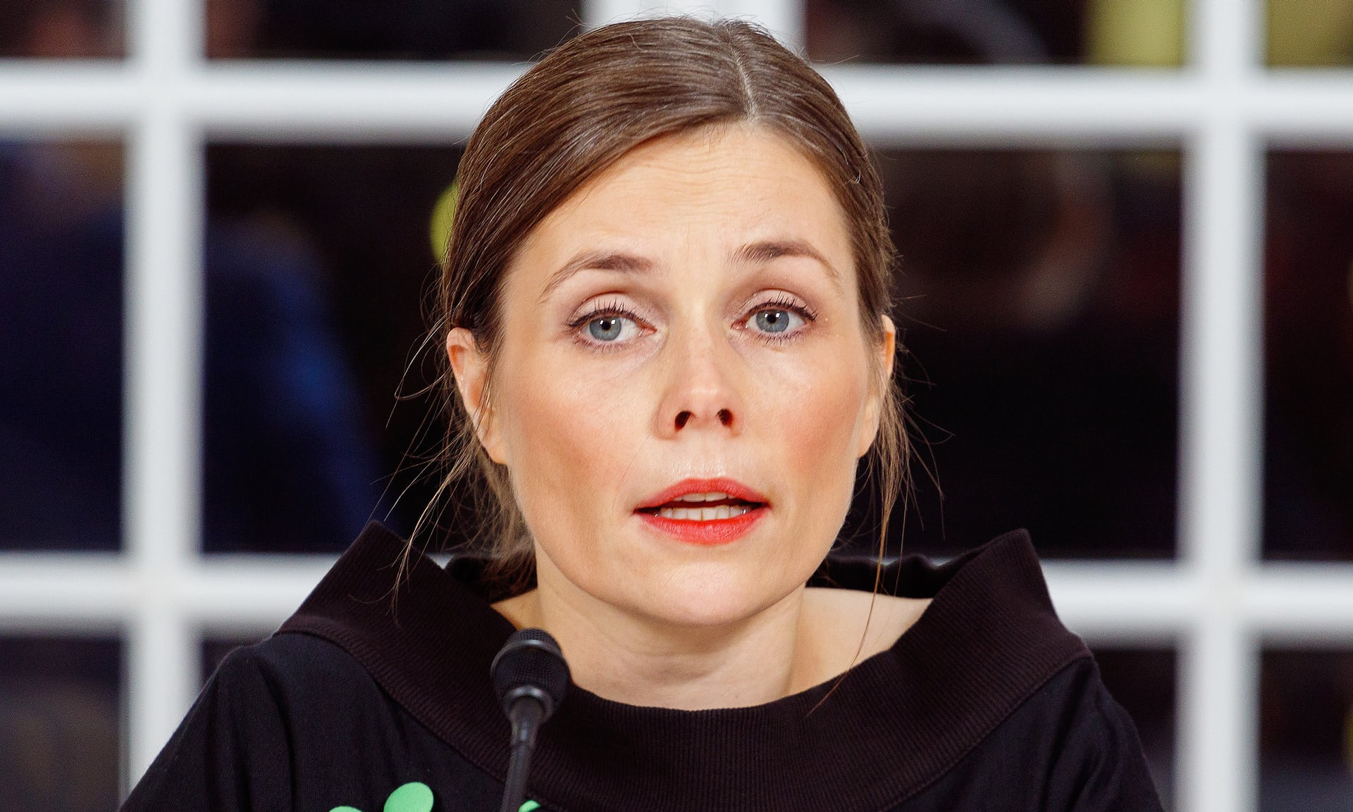 Iceland seeks return to political stability with new prime minister