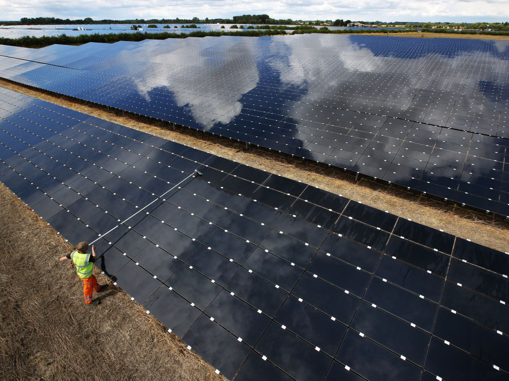 Going green: UK sets renewable energy records