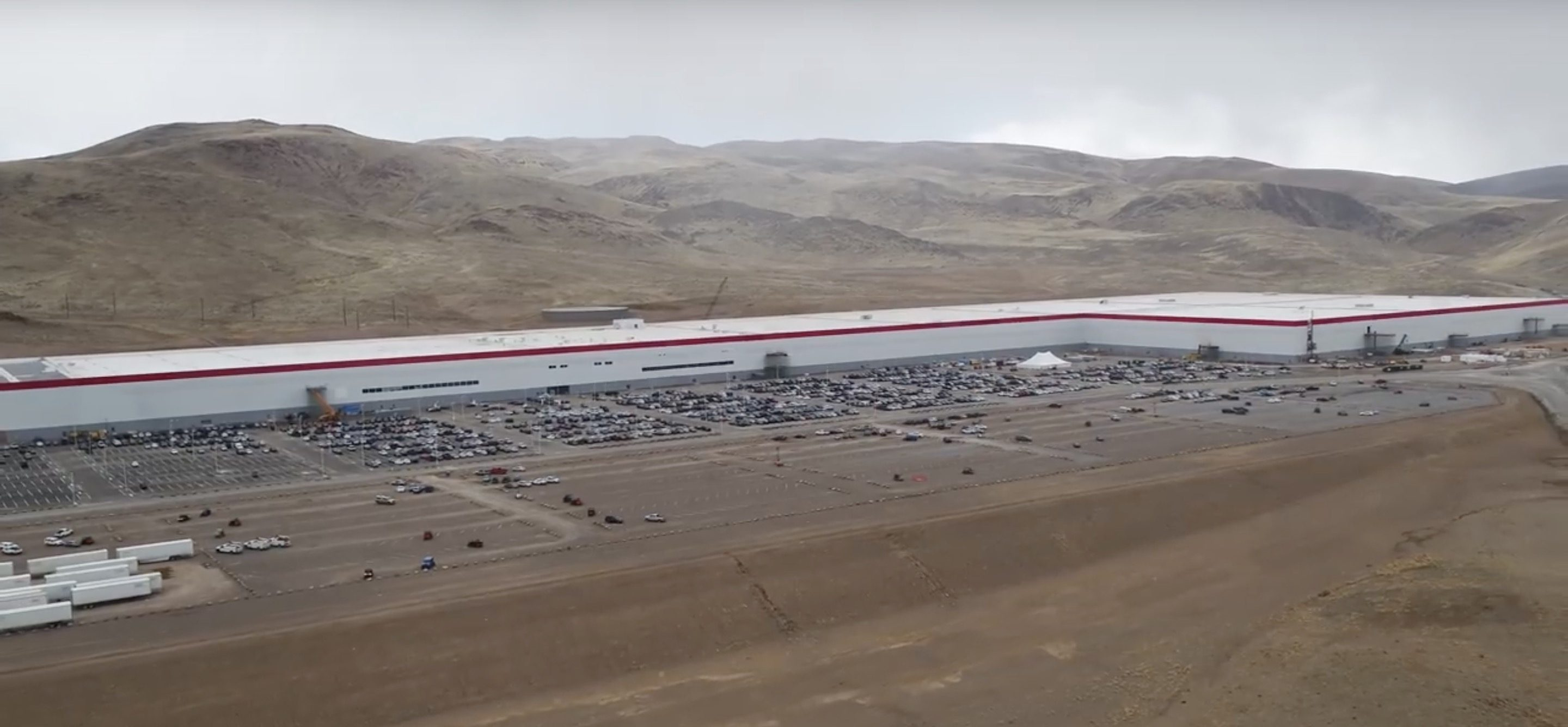 Tesla to achieve leading $100/kWh battery cell cost this year, says investor after Gigafactory 1 tour