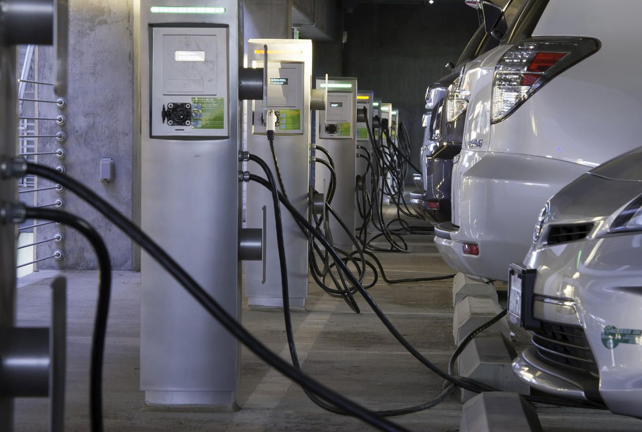Governor Polis Takes Bold Action to Advance EVs & Clean Air