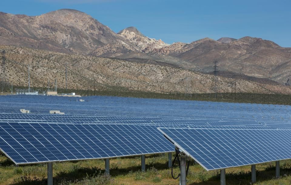 New Solar + Battery Price Crushes Fossil Fuels, Buries Nuclear